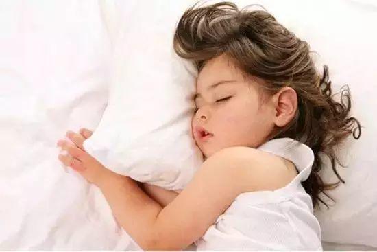 谨记睡觉四戒律:人很难变老!