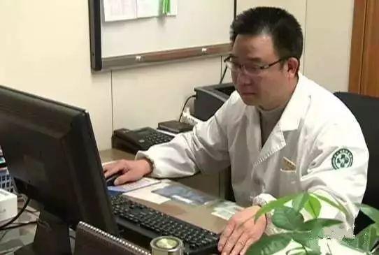 消化科主任每月必留一天只吃一种食物,刮油排毒,一辈子远离癌症