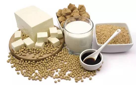 【听健康】牛奶、酸奶、豆奶,哪个营养最好、最适合你 ?