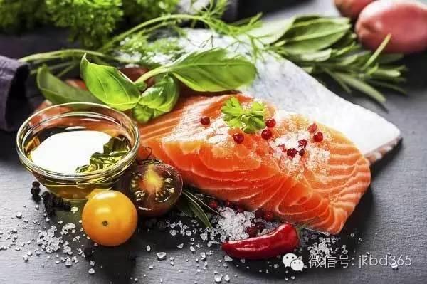 每天饮食吃足量的脂肪,为什么身体健康、老得慢?