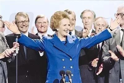 她曾是国家的最高领导人,但凄凉的晚年让人悔悟人生真谛