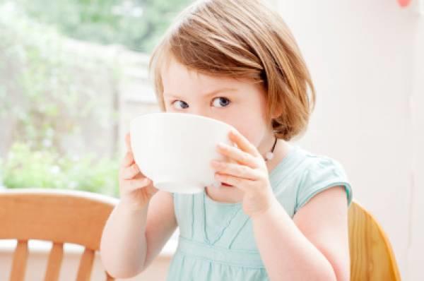 """【听健康】九个""""坏习惯""""会让你变年轻,早看早年轻!"""