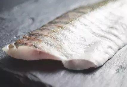 """鱼这个部位千万别乱吃,有毒!几乎吃一个""""倒""""一个!"""