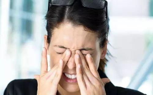 眼睛干,浑浊,视力下降...就是因为少了它!