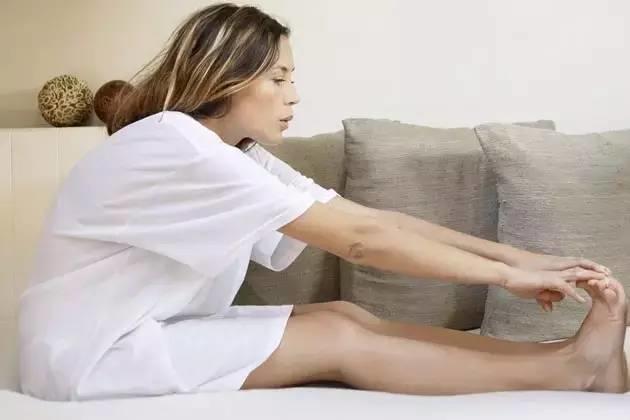 50岁后病不上身的秘密!这样护腿就够了!中老年人都来学学