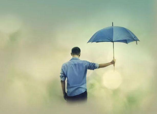 感谢生命中为我撑伞的人!