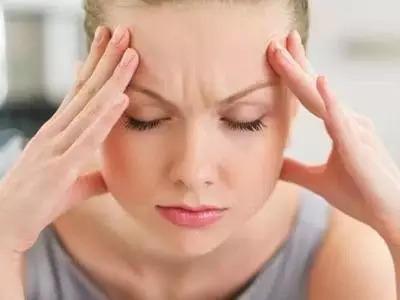 """【听健康】气血不足的6大症状!只需3招 让气血""""动""""起来!"""