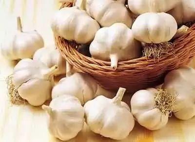 感冒只需一粒蒜,这么用能解救咳嗽与咽痒,全家适用!