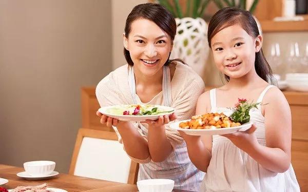 一张食物营养表,缺什么就吃什么,照着吃就对了!