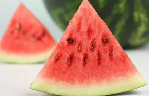 【听健康】春吃芽,夏吃瓜,现在吃什么最养人?