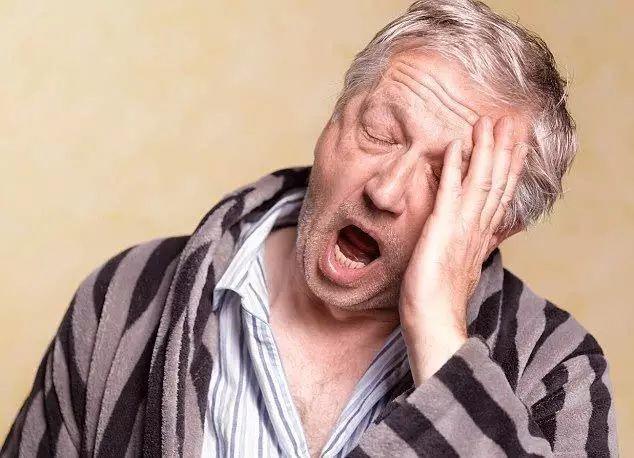 """【听健康】冬天早上10点前被称为""""魔鬼时间"""",记住能救命的三个""""半分钟""""!"""