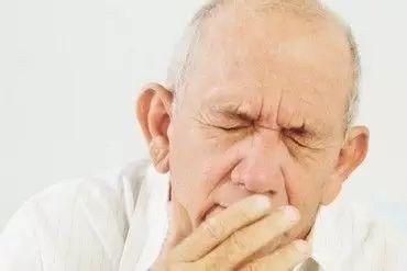 """46-55岁,生命的""""高危期"""",8种疾病易出现,该如何预防?"""