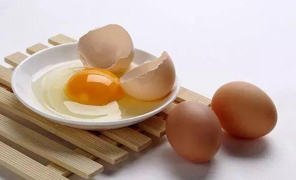 鸡蛋这种吃法,大补气血、黑发、延寿...越早吃越好!