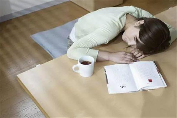 午睡虽好,但有个特大的坏处!这两类人千万别午睡!